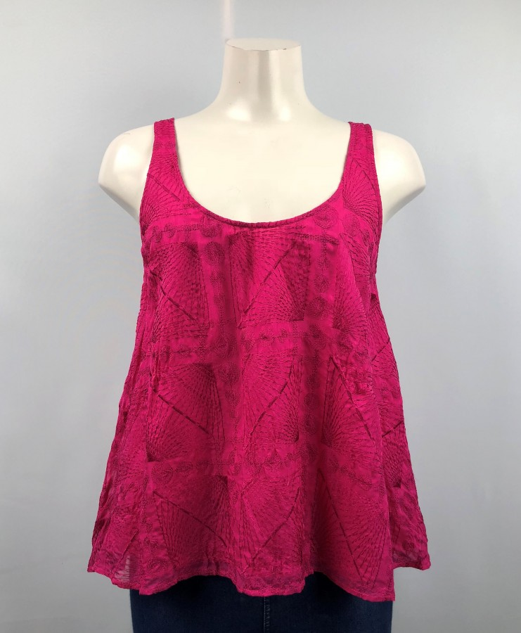 Twelfth Street by Cynthia Vincent Red Scoop-Neck Sleeveless Top Size M