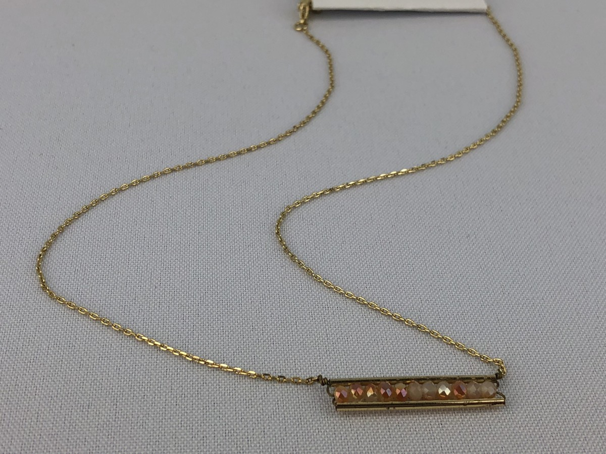 Gold Tone Necklace with Pendant