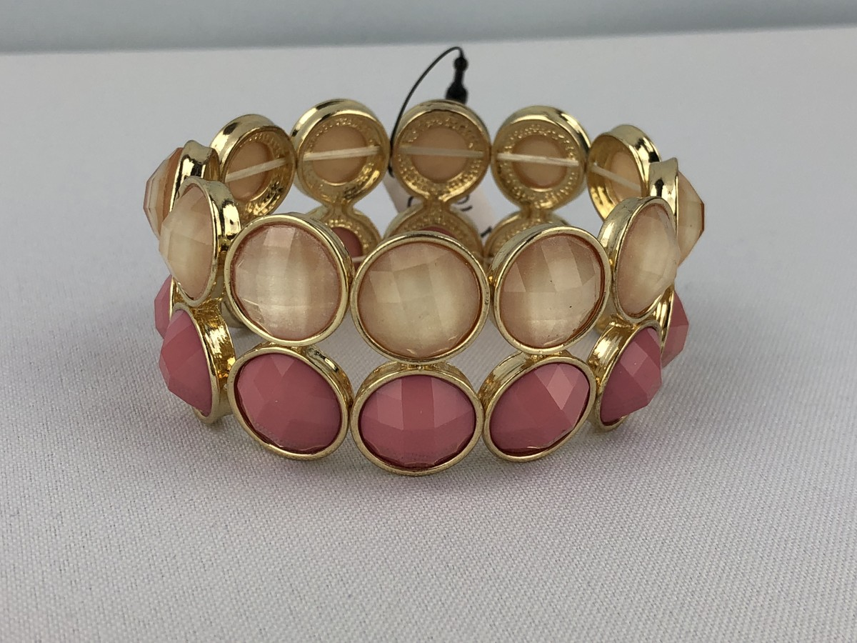 Two-Color Beaded Bracelet