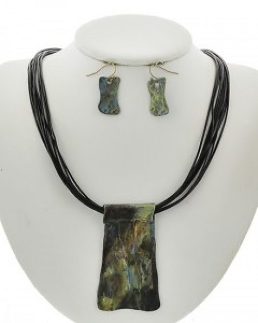 Patina & Black Necklace Set