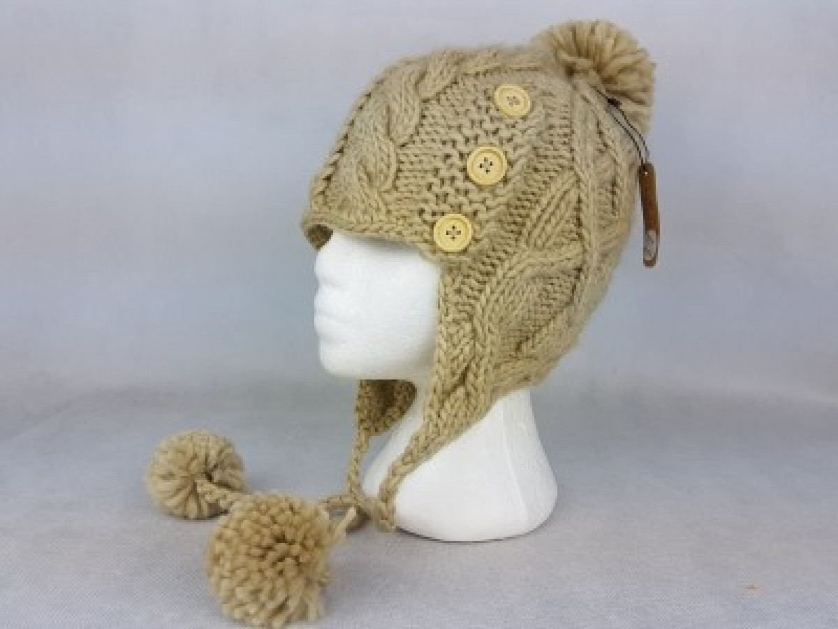 Cream Knit Hat With Ties