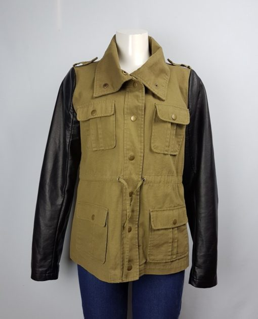 J.J. Winter Two-Color Button Jacket With Pockets Size XL