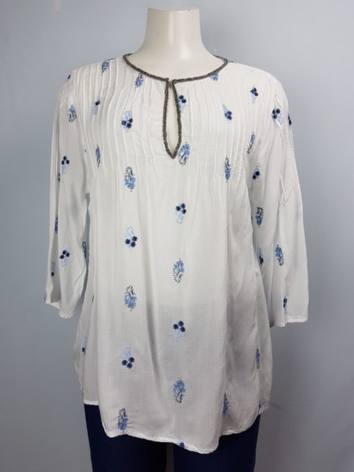 Solitaire White Loose Fit 3/4 Sleeve Top Size L