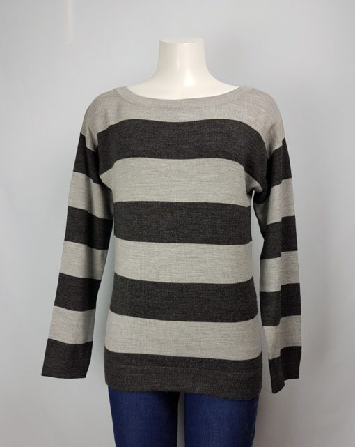 RW & Co. Two-Color Long Sleeves Top Size M